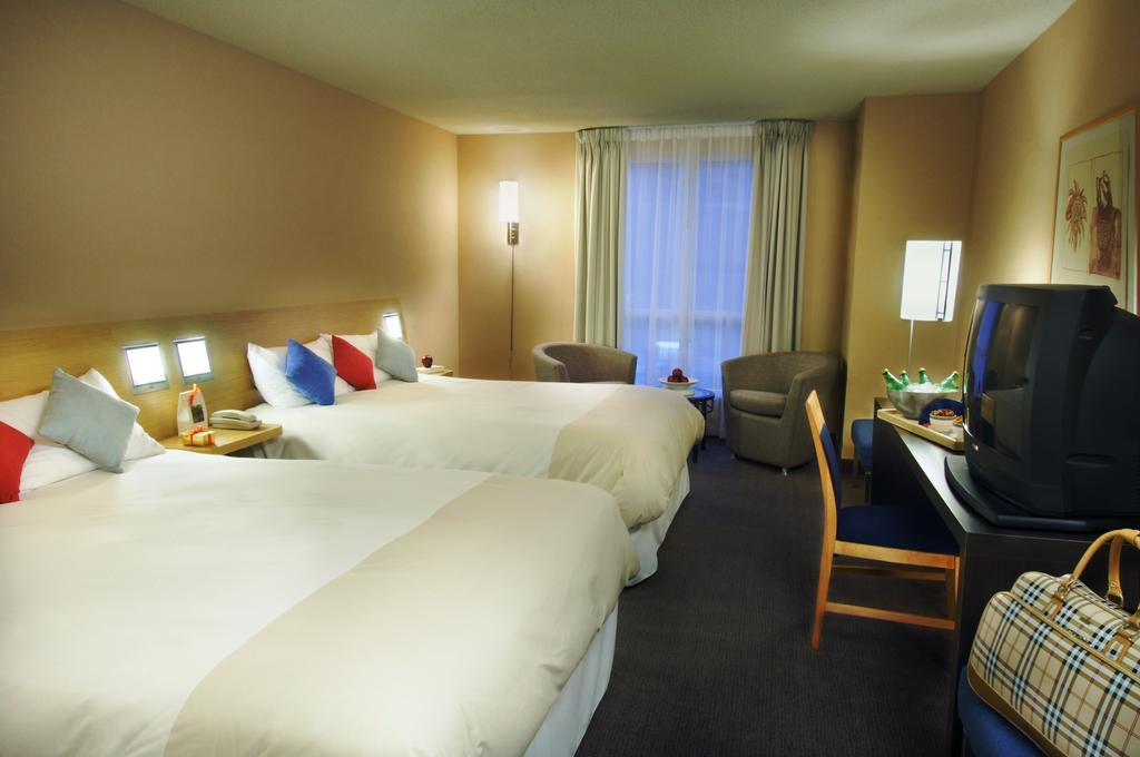 <br /> <b>Notice</b>:  Undefined variable: row_photel_image in <b>/home/tj2al6np/public_html/hoteles/detalle-hotel.php</b> on line <b>232</b><br />